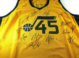 UTAH JAZZ / 2018 TEAM SIGNED YELLOW CUSTOM JERSEY / 13 SIGNATURES / FULL LOA image 1