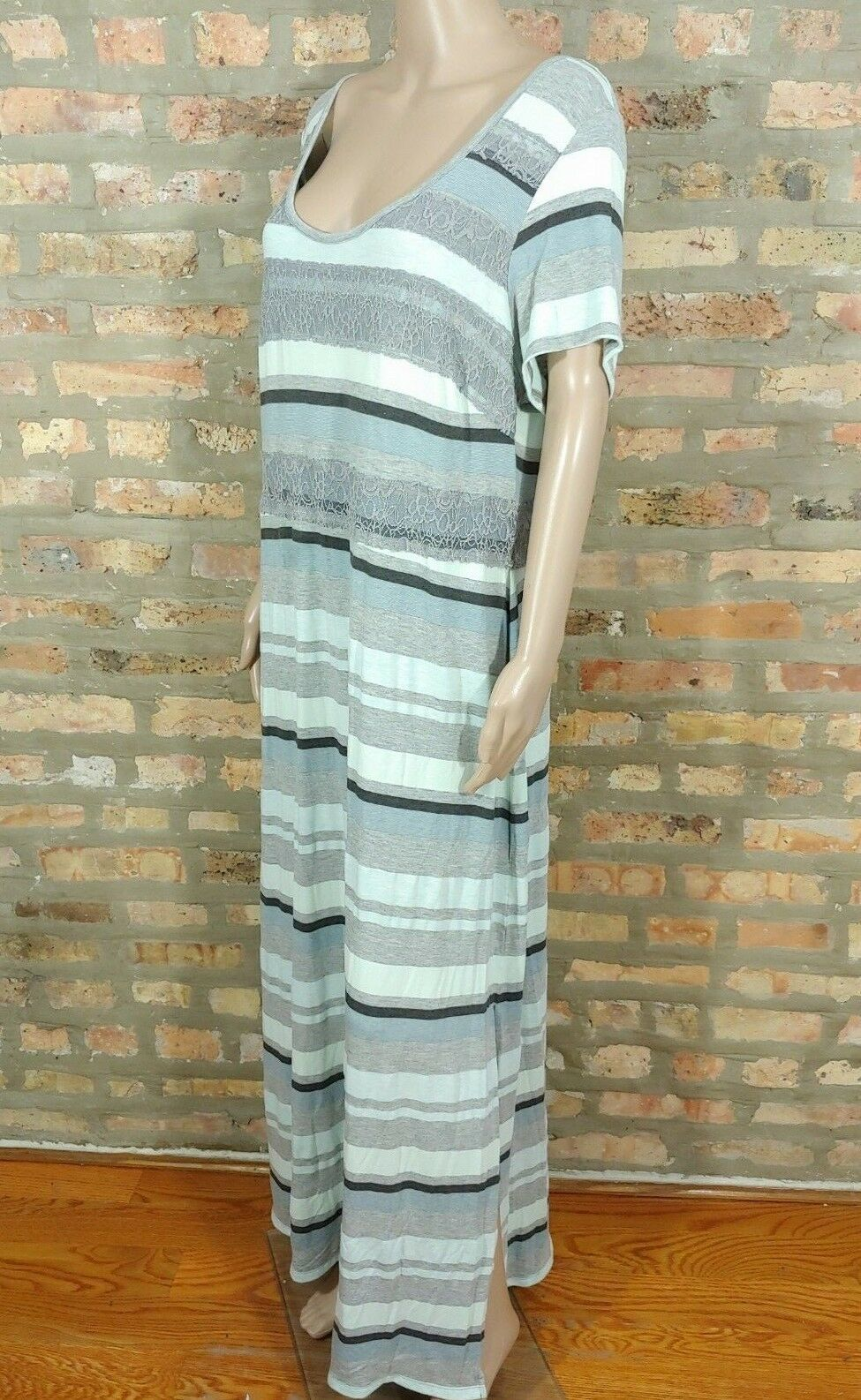 Jessica Simpson Kinsey Mint Green Gray Striped Lace Side Slit Maxi Dress SZ 1X