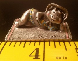 1984 Miniature Pewter Figurine Bikini Pig on a Blanket - Hudson #3428 - $15.85