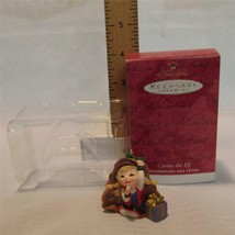 Hallmark Keepsake Ornament Curius the Elf 2001 Mint in Box - $1.70