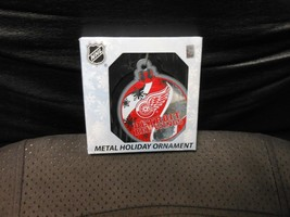 "Forever Collectibles ""Detroit Red Wings"" Flat Metal Ornament NEW - $8.86"