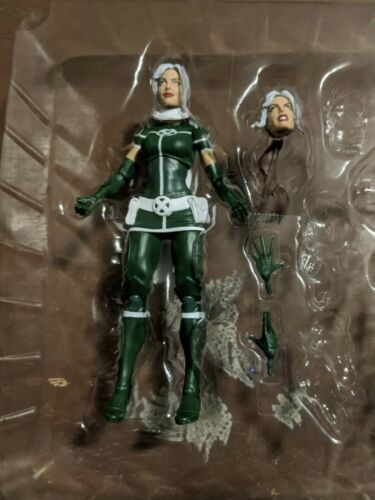 Primary image for Hasbro Marvel Legends X-Men Pyro and Rogue 2-Pack Rogue Action Figure A1