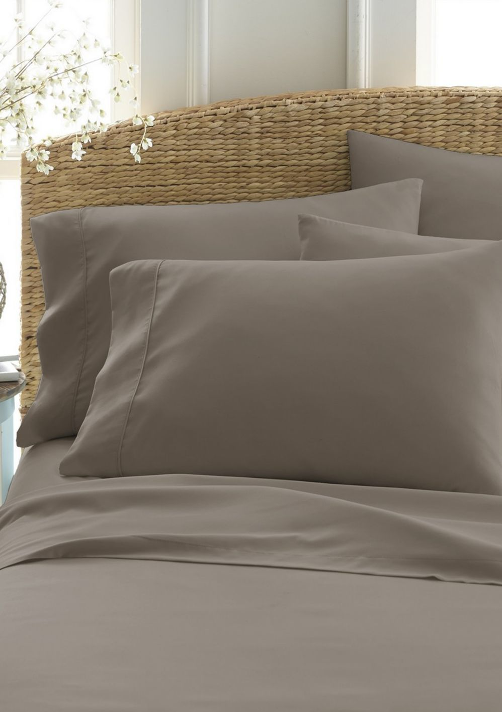 Luxury Inn Sage Home Collection Luxury Ultra Soft 6 Piece Bed Sheet Set - $49.49