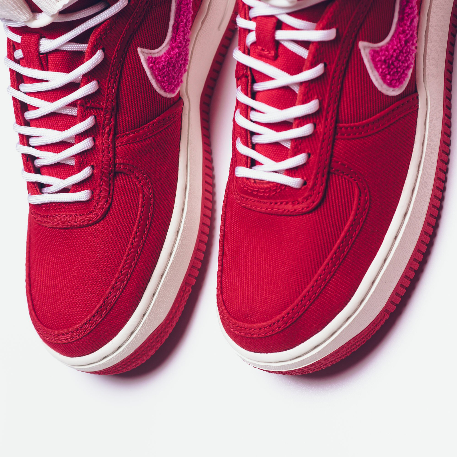 brand new ba469 85295 Nike Air Force 1 High x Emotionally Unavailable (Red/ Sail/ Pink Blast)