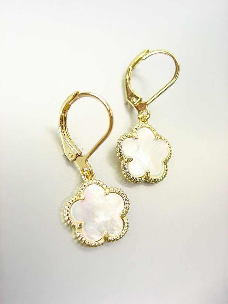 Primary image for NEW 18kt Gold Plated Mother Pearl Shell Clover Lever Back Petite Dangle Earrings