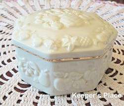 Lenox FRUITS OF LIFE Octagon Shaped Trinket Box With Lid Mint Condition - $14.00