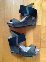 Nine West Women' Camouflage Hung Up Wedge Open Toe Sandals Size  8M   - $34.64