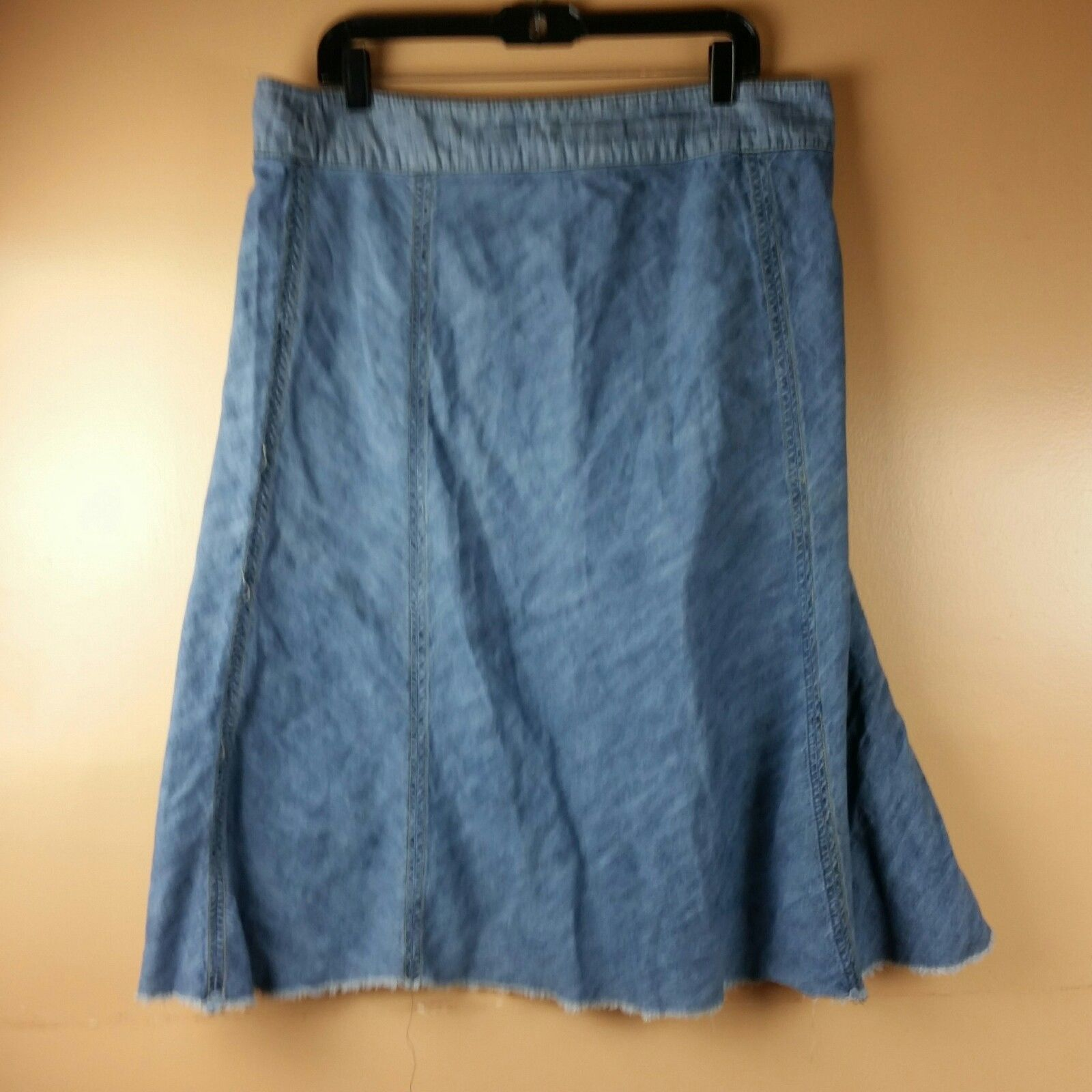 LEE Jean Skirt Womens One True Fit Modest Denim Fringe Hem Size 15/16M image 4