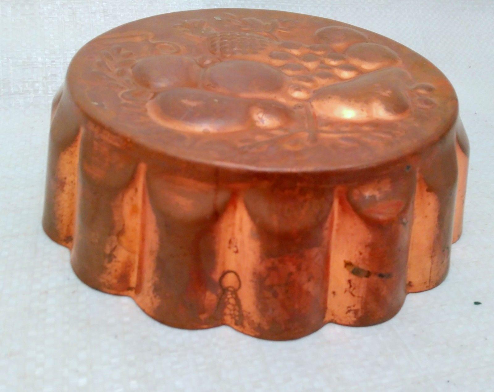 Vintage Extra Heavy Aluminum / Copper Jello Mold, Round w/ Fruit Scene