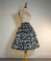 Romantic Puffy Floral Tulle Skirt High Waisted Knee Length Tulle Skirt Plus Size image 4