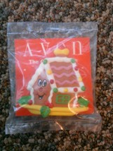 Avon Gift collection fancy favorites holiday magnet gingerbread house Ch... - $10.00