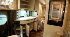 2004 Newell Coach QUAD SLIDE For Sale In Fort Myers FL image 8