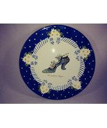 SANDY'S CLOSET SUZETTE  2001  DESERT PLATE WALL DECOR BLUE/WHITE    #183... - $17.82