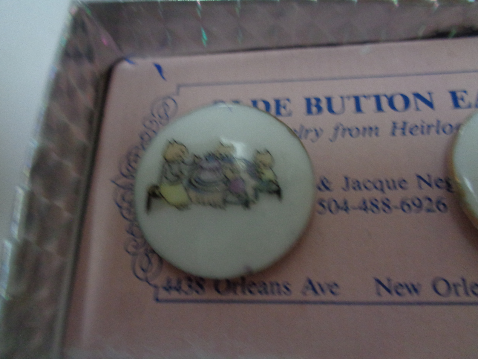 Olde Button Heirloom Earrings Cat Family Celebration NWT by Barry & Jacque