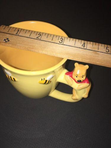 WALT DISNEY WORLD Yellow 3D WINNIE THE POOH  COFFEE MUG Cup