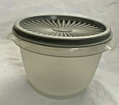 Tupperware 20 oz. sheer Servalier #886 with Seal #812 Gray - $4.90