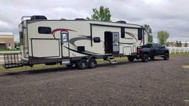2016 Jayco Eagle 345BHTS 5th Wheel For Sale In Watkins, CO 80137 - $42,500.00