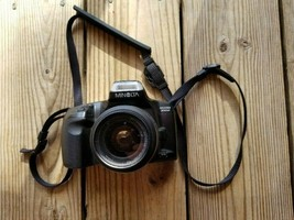 Minolta Maxxum 300si 35mm Film Camera & 35-80mm f/4 - 5.6 lens Photo Tak... - $7.99