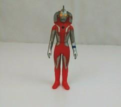 "2000 Ultraman Mother Ultra  5"" Bandai Japan Vinyl Action Figure - $9.74"