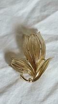 """2""""VINTAGE SIGNED USNER GOLDTONE FLOWER BUDS FASHION BROOCH PIN,NO DEFECT... - $8.90"""