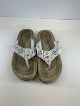 Easy Spirit Dreamndoli Thong Sandals Cushion Leather Comfort Shoes Size 8M - $11.26