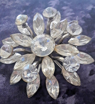 Vintage HUGE Sparkling Clear Rhinestones Layered Flower Snowflake Brooch - $30.00