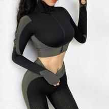 Women's New Crop Tops Leggings Seamless Sportswear High Waist Yoga Suit image 2