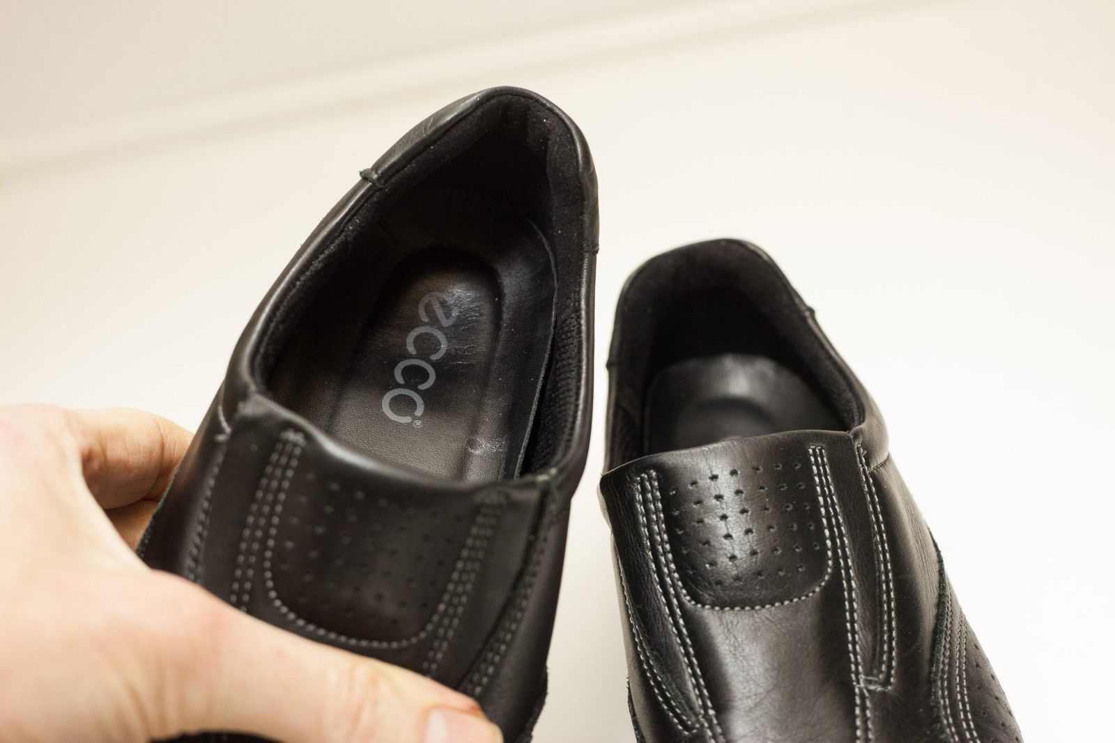 ECCO Sky size 6 to 6.5 Black Slip On Women's EU 37
