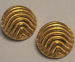VTG 80s LES BERNARD Haute Couture Chunky Heavy Ridged Domed Gold Clip Ea... - $32.50