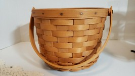 "Longaberger Fruit Basket medium 8"" d Classic VGC - $19.75"