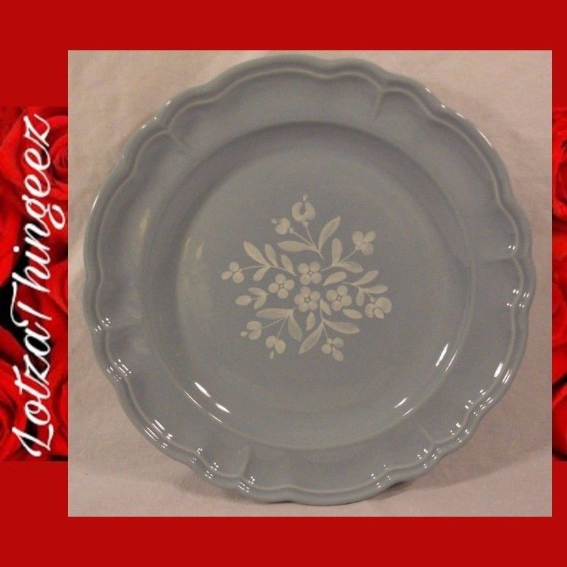 Pfaltzgraff BOUQUET BLUE & White Flower Replacement Dinner Plate