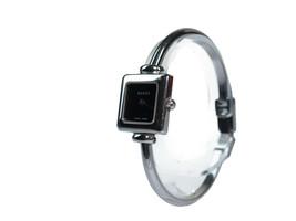 Auth GUCCI 1900L Black Dial Stainless Steel Quartz Ladies Watch GW17804L - $262.73 CAD