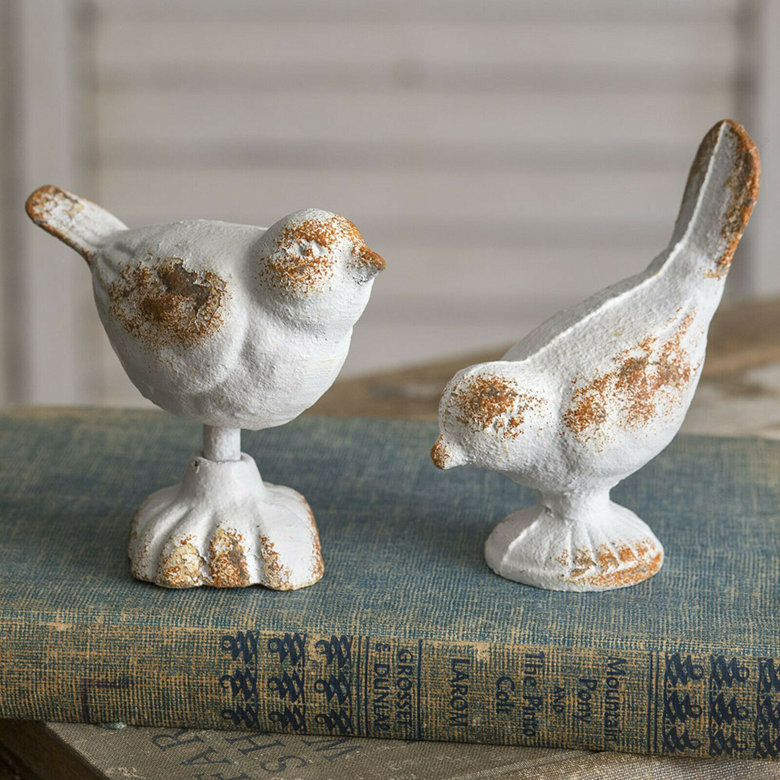 Pair Rustic White Cast Iron Bird Figurines Decorative Home Decor New White Birds