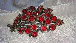 Flower pin brooch Ruby red crystal glass rhinestones vintage signed L/N - $26.00