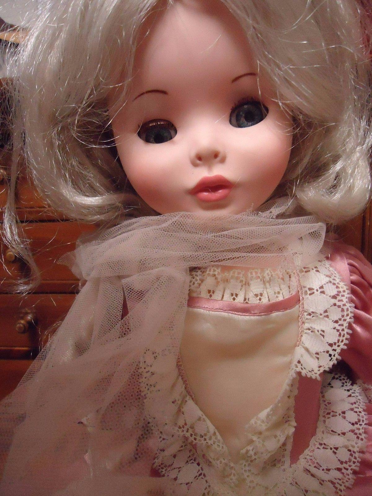 """2 Undress Woman Porcelain Dolls Dollhouse 5.5/""""H 1:12"""
