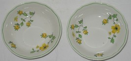 "2 Vintage Caroline Enoch Wedgwood White & Yellow Flowers 5"" Dessert Sauce Bowls - $18.81"