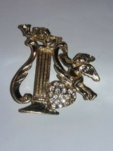 CHERUB with Heart Full of Stones Playing the Harp Brooch/Pin Gold tone - $12.77