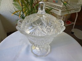 Cris D' Arques Vincennes Pattern Lidded Candy Bowl - $31.68