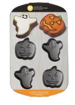 Wilton Ghost Pumpkin Halloween Treat Non Stick Baking Cake Pan - $22.99