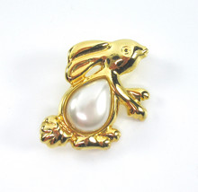 Rabbit Brooch, Bunny Pin, White Pearl Cabochon, Pearl Belly, Teardrop, Gold Tone - $18.50