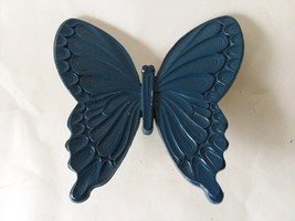 Vintage Dart Ind. Homco Home Interiors Painted Blue Butterfly #7291 Wall Hanging image 1