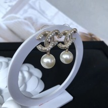 AUTHENTIC CHANEL Large Pearl CC Logo Dangle Drop Earrings Gold  image 2