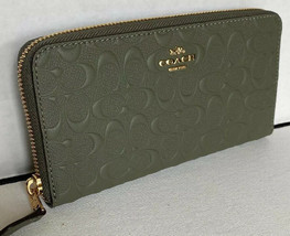 New Coach F67566 zip around wallet Embossed Leather Military Green - $113.01 CAD