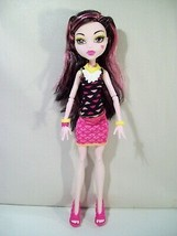 "MONSTER HIGH CREEPATERIA DRACULAURA 10"" DOLL - $16.61"