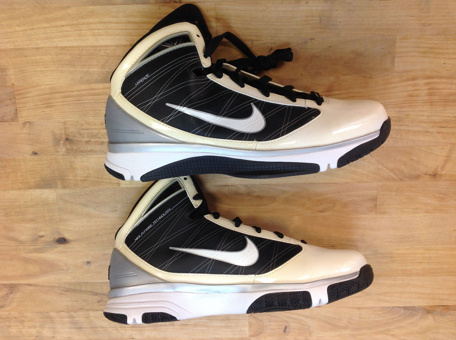Primary image for NIKE 367193 111 Women's Hyperize Black/White/Silver Shoes, Size US 11.5, EUR 44