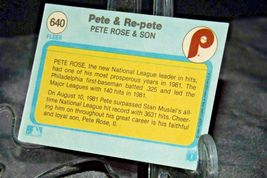1982 Topps Pete & Re-Pete Pete Rose and Son AA20-BTC3033 Baseball Trading Cards  image 3