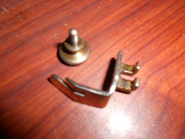 Singer 99 Straight Stitch Presser Foot #32666 w/Thumb Screw #51224B - $10.00