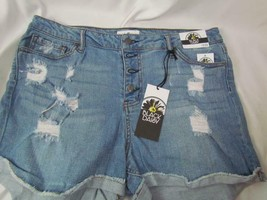 NWT Black Daisy Cuffed Destroyed Shorts Button Fly 5/32 Five Pocket Org $39 - $21.84