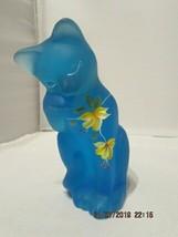 FENTON ART GLASS 2004 CELESTE BLUE SATIN HP GROOMING CAT FIGURINE~LENOX - $55.00