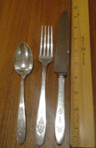 Set Oneida Community Silverplate Bird of Paradise Dinner Knife Fork Teas... - $6.87
